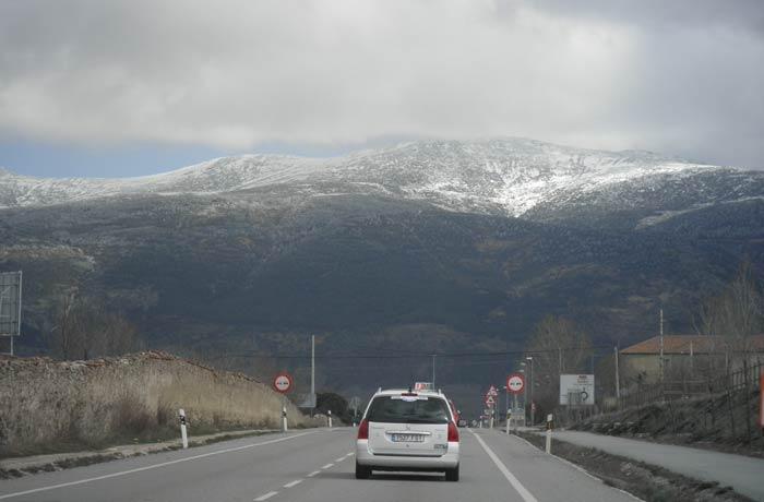 Vista de la Sierra de Guadarrama de camino a La Granja qué ver en Segovia en un día