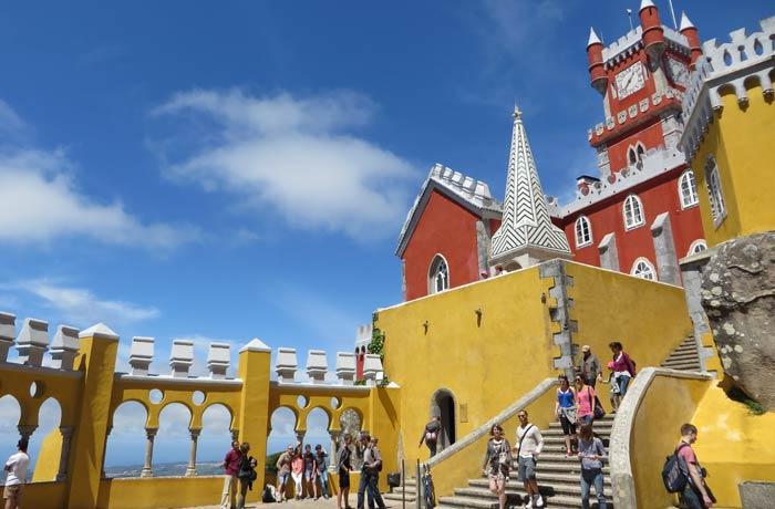Una de las terrazas del Palacio da Pena qué ver en Sintra