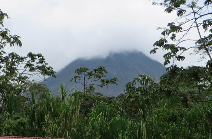 Vista del Volcán Arenal desde el aparcamiento
