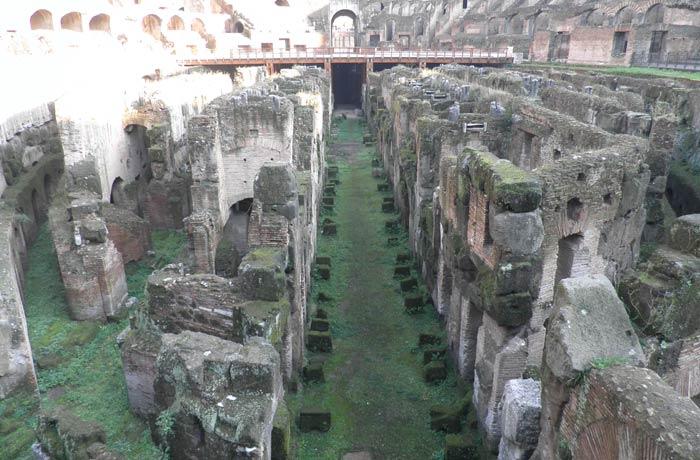 Detalle de las galerías subterráneas del Coliseo