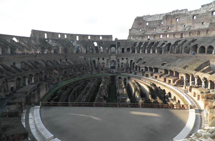 Gradas y galerías del Coliseo