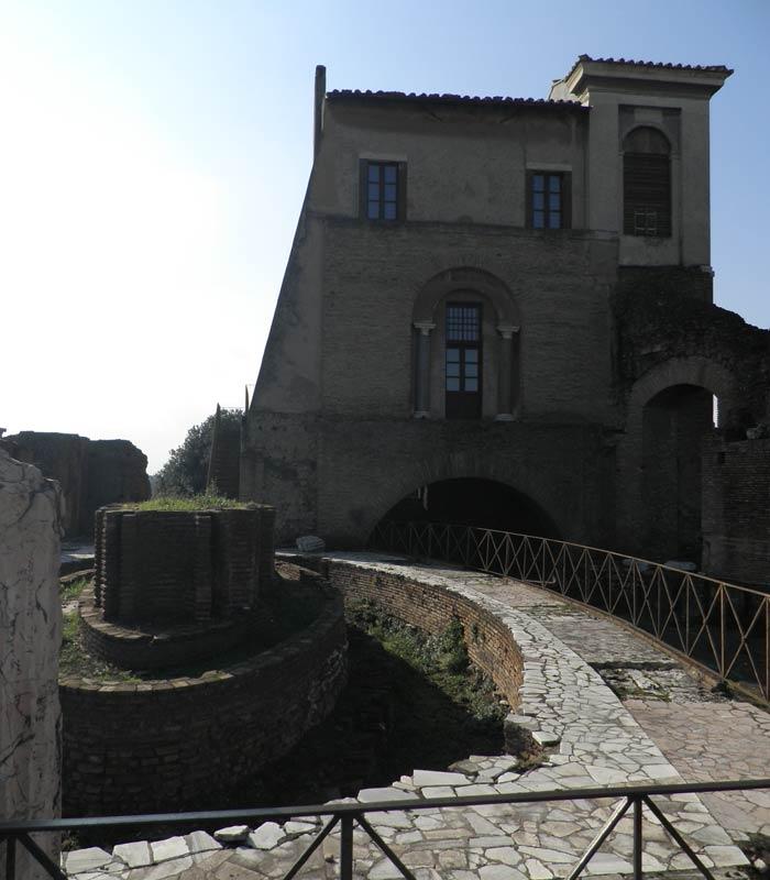 Domus Flavia en el Palatino Coliseo y Foro Romano