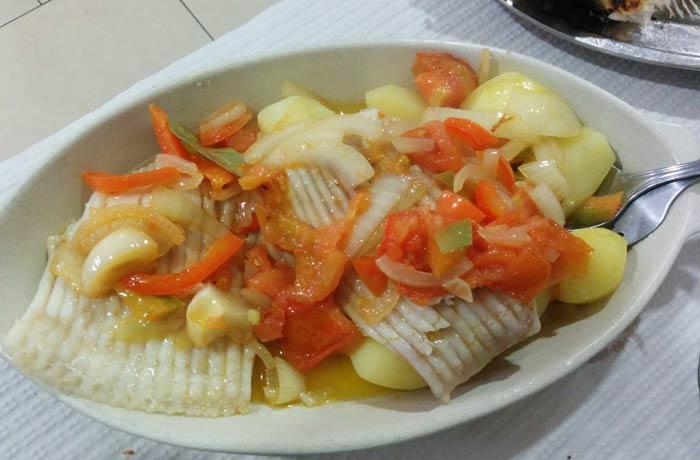 Raya al estilo pescador del restaurante Casa Figueiras comer en Furadouro