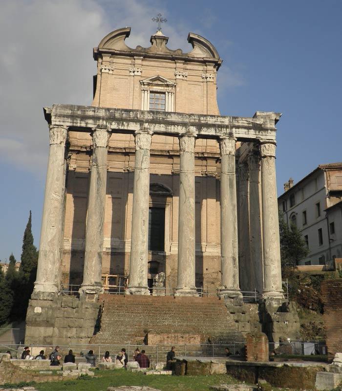 Templo de Antonino y Faustina Coliseo y Foro Romano
