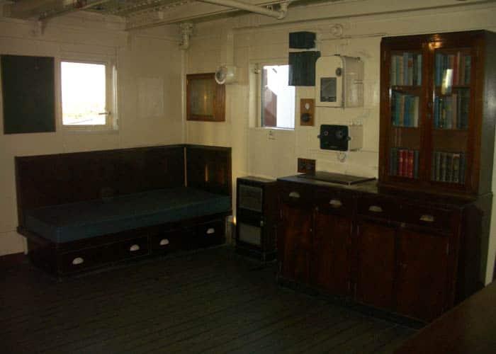 Despacho del capitán visitar el Queen Mary