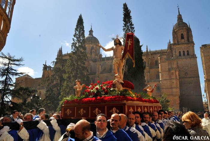 Procesión del Encuentro el Domingo de Resurrección Semana Santa Salamanca