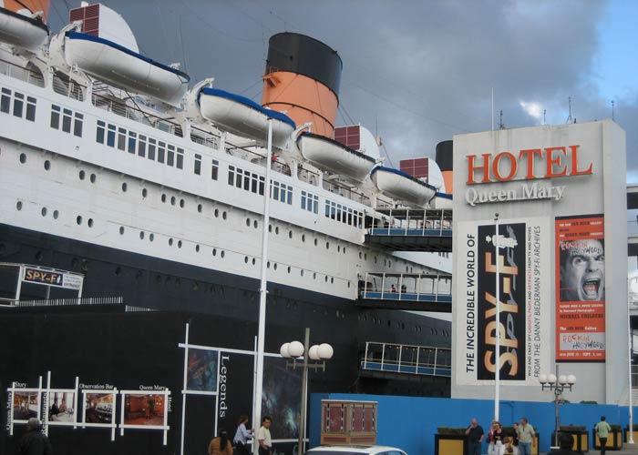Entrada al Queen Mary