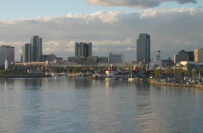 Vista de Long Beach desde la cubierta visitar el Queen Mary