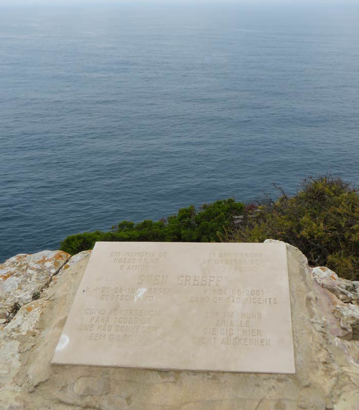 Placa homaneja el turista alemán Sven Greeff Cabo San Vicente Portugal