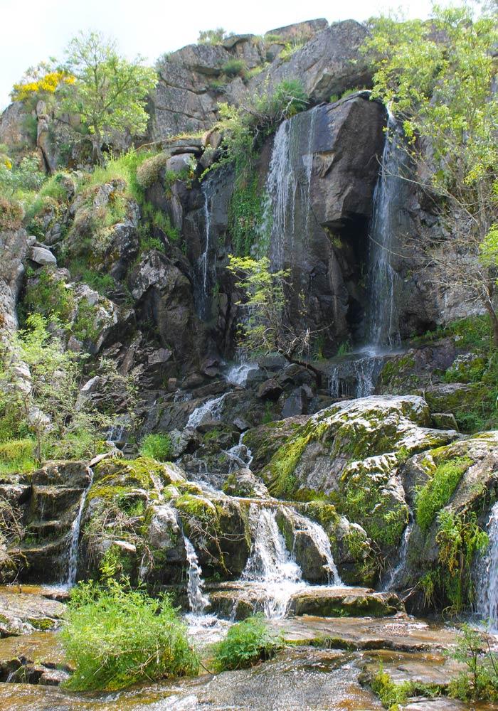 Vista de la Cascada de Abelón