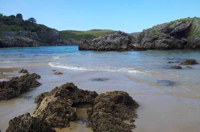 Imagen idílica de la playa de Borizu