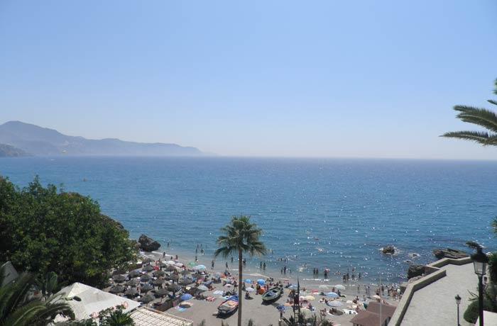 Playa de Calahonda desde el Balcón de Europa Nerja