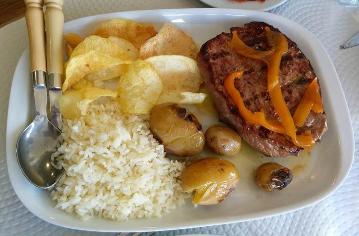 Posta de vitela (ternera) comer en Miranda do Douro