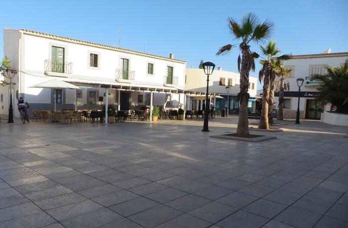 Plaza de la Constitución de San Francisco Javier que ver en Formentera