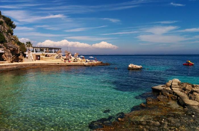 Una de las calas que forman la playa de Illetes Mallorca