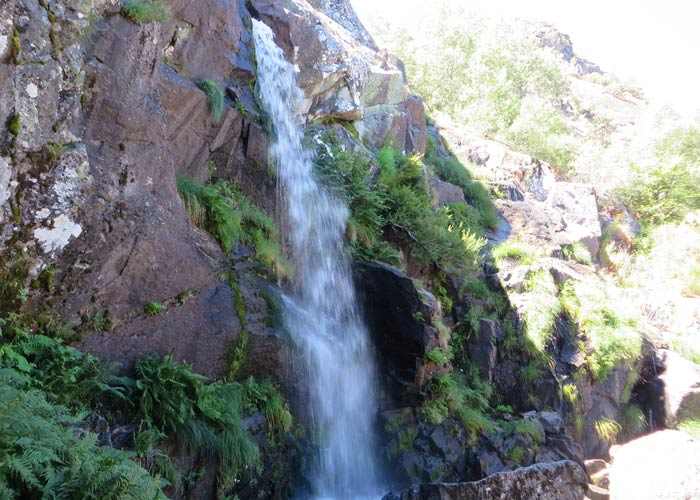 Otra vista de la Cascada de Sotillo