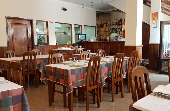 Interior del restaurante Carmina de Matos comer en Coimbra