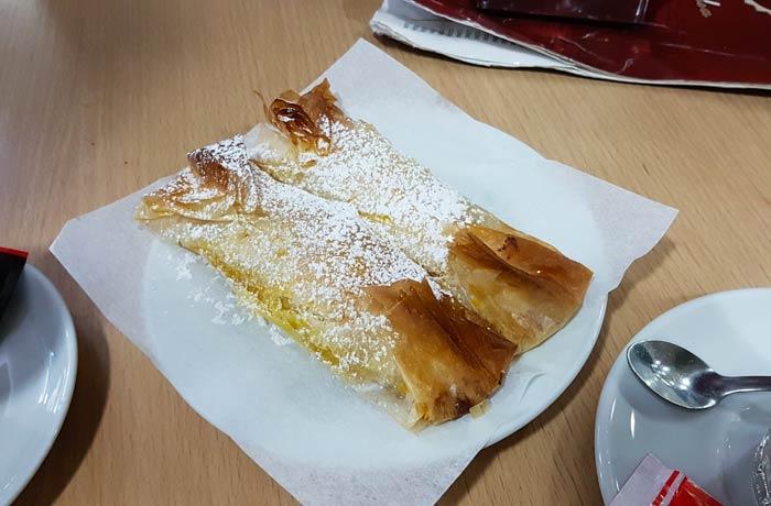 Pastel de Tentúgal comer en Coimbra
