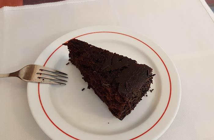 Tarta de chocolate de Carmina de Matos comer en Coimbra