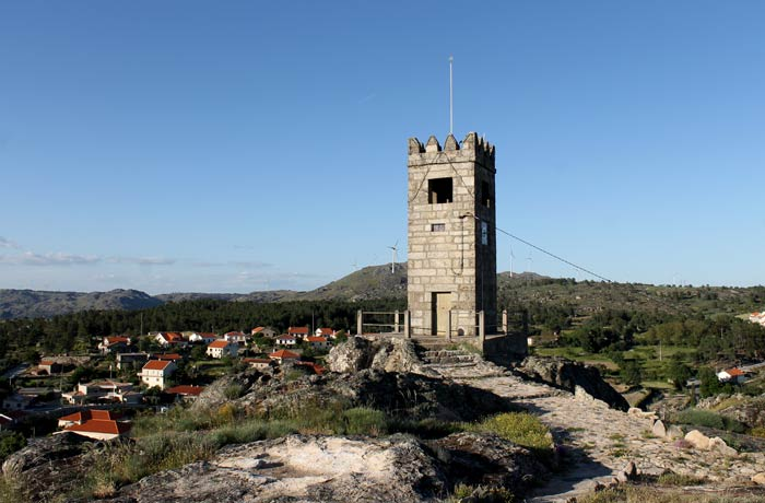 Torre Sinerira o Campanario Sortelha Portugal