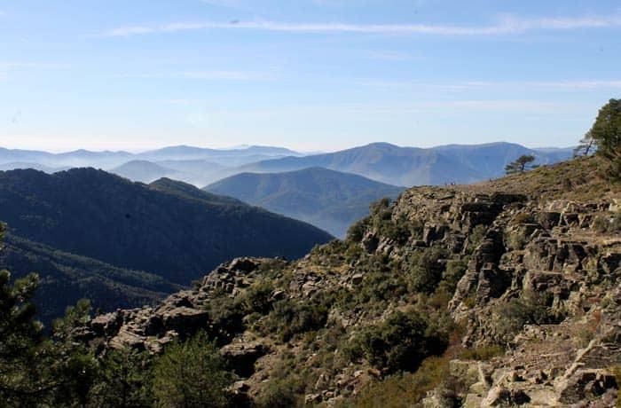 Espectacular vista de Las Batuecas desde el sendero que llega a la Portilla Bejarana