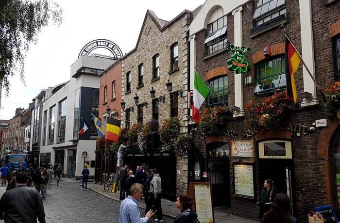 Barrio del Temple Bar Dublín en un día