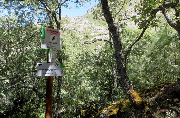 Desvío hacia la ruta de la presa rota cañón del Tera