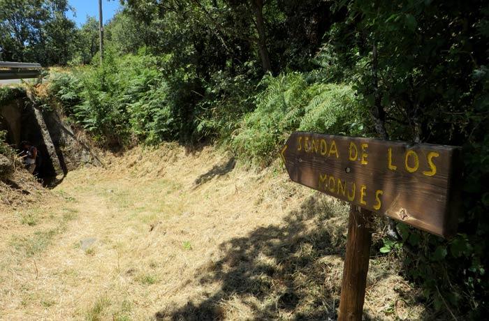 Enlace con la Senda de los Monjes a través de un túnel que hay debajo de la carretera de San Martín de Castañeda