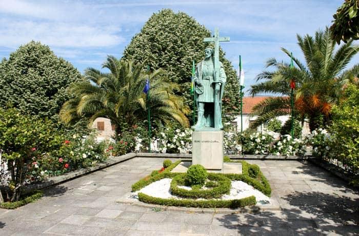Escultura a Pedro Alvares Cabral en este céntrico jardín