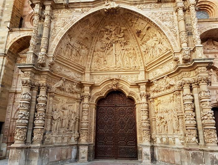 Arco central de la catedral de Astorga