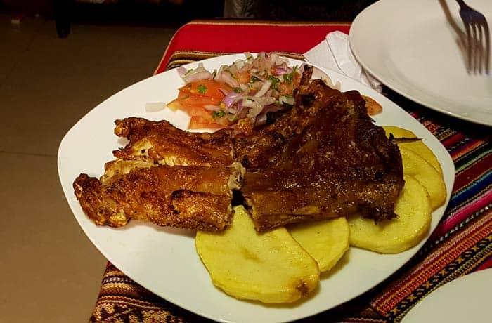 Delicioso cuy al horno, plato típico de la región de Cuzco Machu Picchu consejos