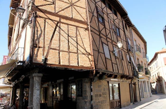 Arquitectura tradicional en la calle Mayor qué ver en Toro