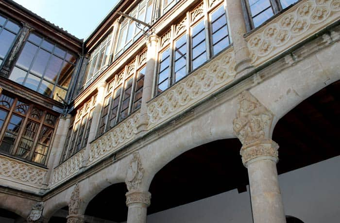 Patio del palacio de los Condes de Requena qué ver en Toro