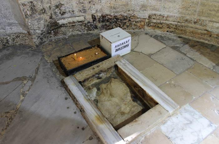 Roca desde la que Jesús subió a los cielos en la capilla de la Ascensión qué ver en Jerusalén