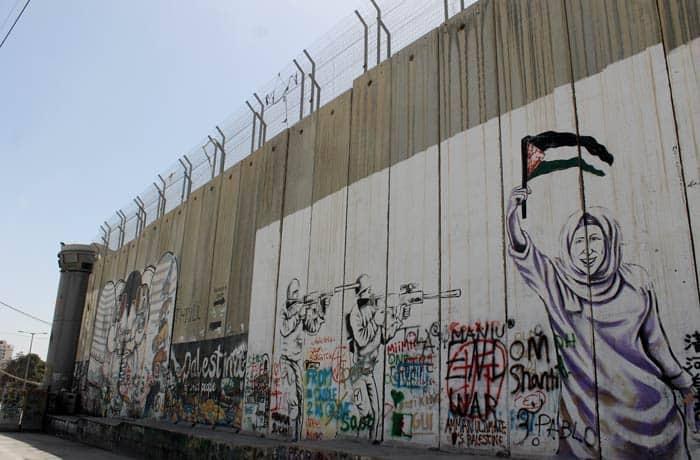 Un grafiti en el muro que separa Belén de Jerusalén