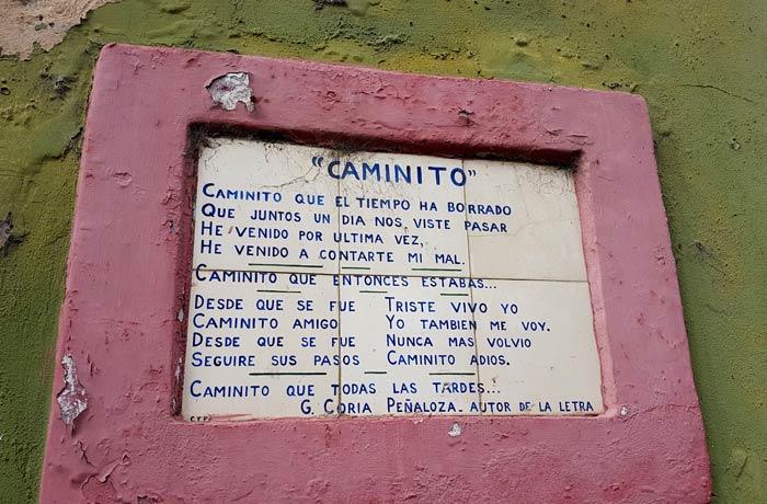 """Letra del tango """"Caminito"""" en un azulejo visitar La Boca"""