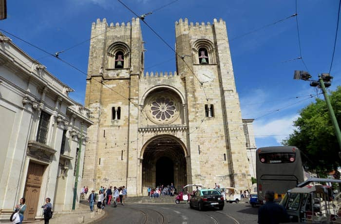 Sé de Lisboa ruta por la Alfama