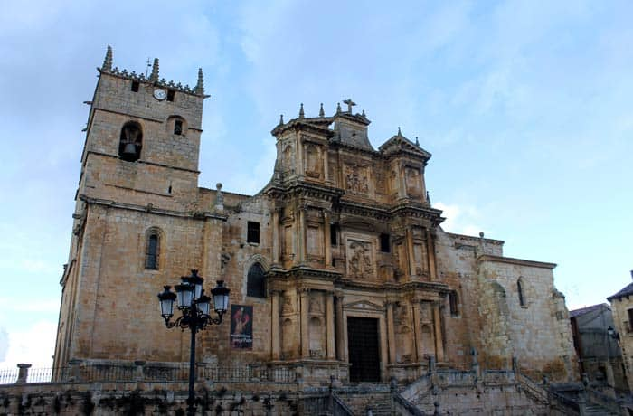 Iglesia de Gumiel de Izán Ribera del Duero Burgalesa