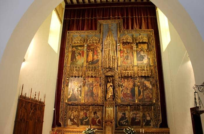 Retablo de la capilla de la finca La Ventosilla Ribera del Duero Burgalesa