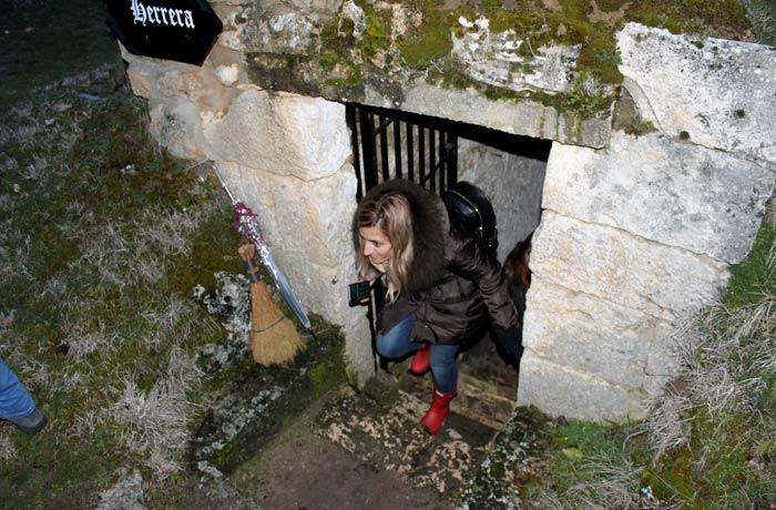 Saliendo de una de las bodegas de Zazuar Ribera del Duero Burgalesa