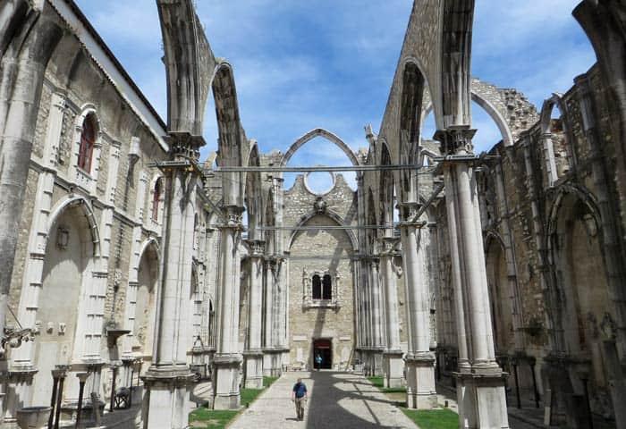 Ruinas del Convento do Carmo ruta por el Chiado