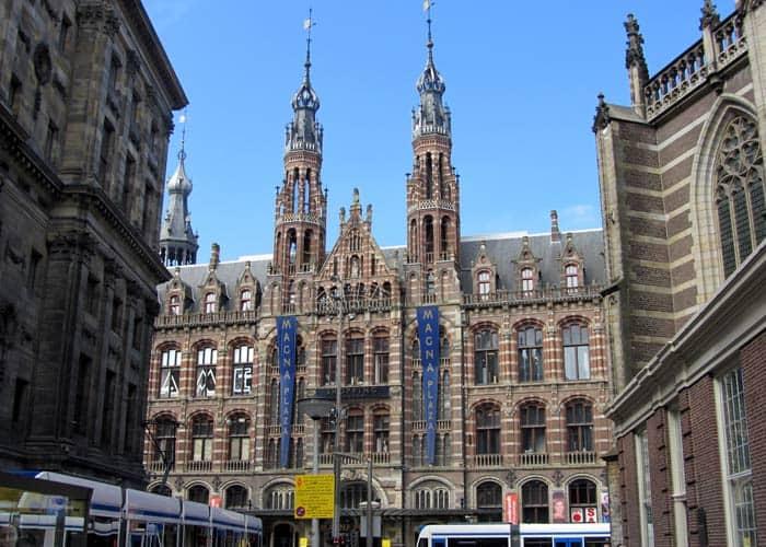 Magna Plaza Ámsterdam en tres días