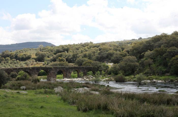 Puente Romano de Sotoserrano ruta de los Tres Ríos