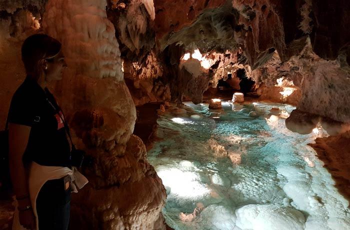 Una de las estancias más bellas de la Gruta de las Maravillas qué hacer en Aracena