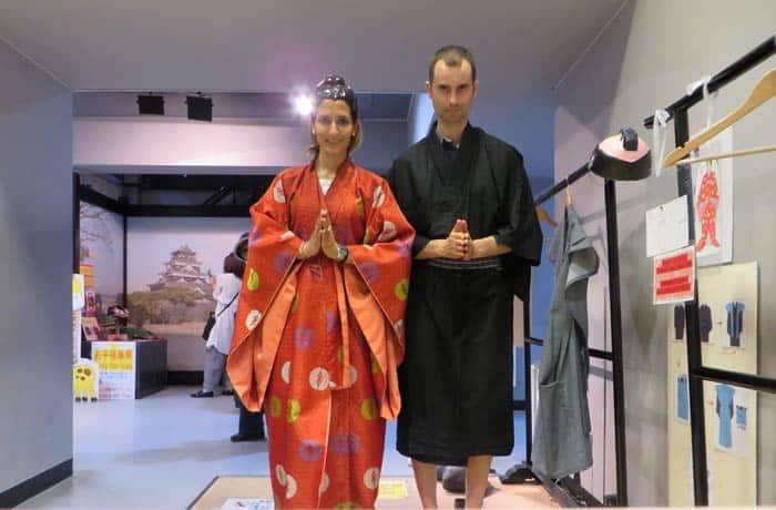 Como una japoneses más en el interior del Castillo de Hiroshima