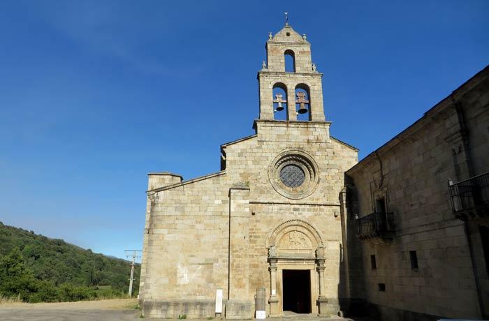 Monasterio de San Martín de Castañeda Lago de Sanabria