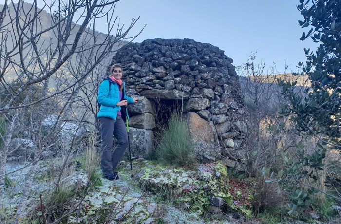 Choza de pastores junto al picón de la Tabla Arribes del Duero senderismo