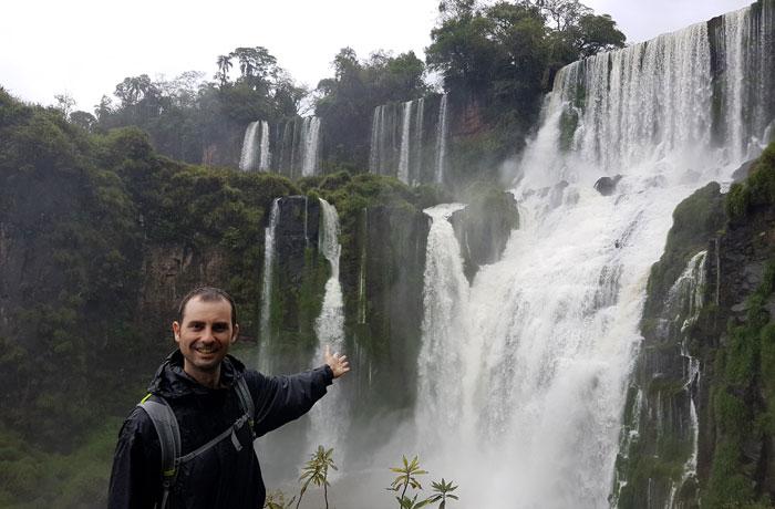 Otra vista del salto Bossetti Cataratas del Iguazú