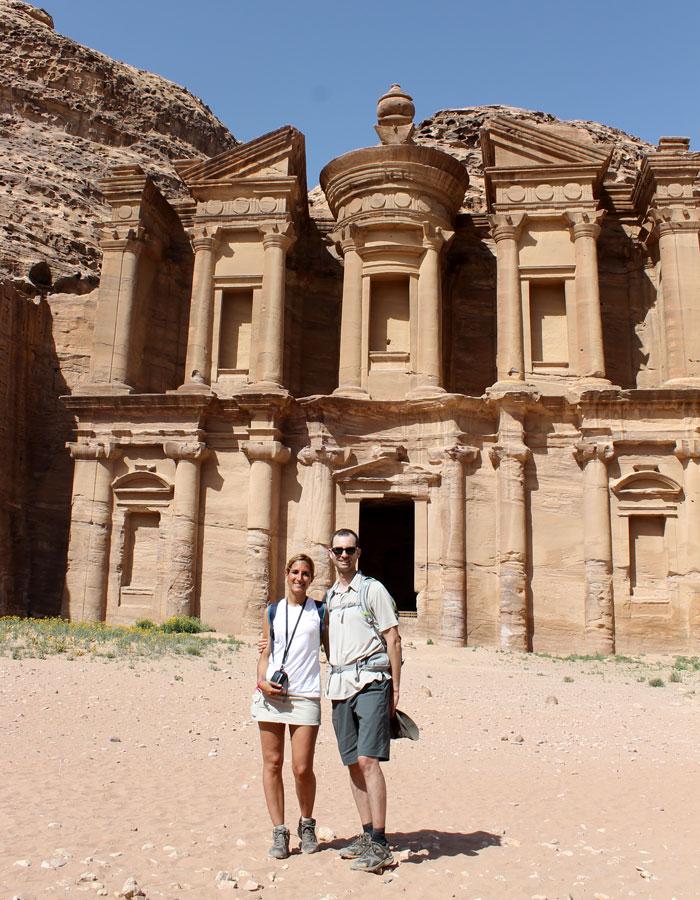 Ante el Monasterio que ver en Petra