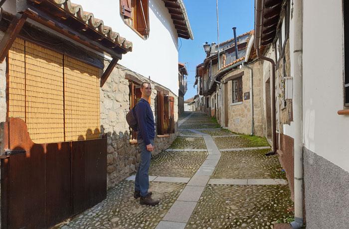 En una de las calles de la antigua judería de Montemayor del Río